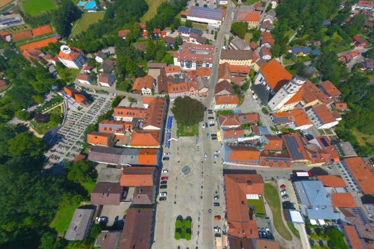 Luftaufnahme der Stadt Bad Griesbach